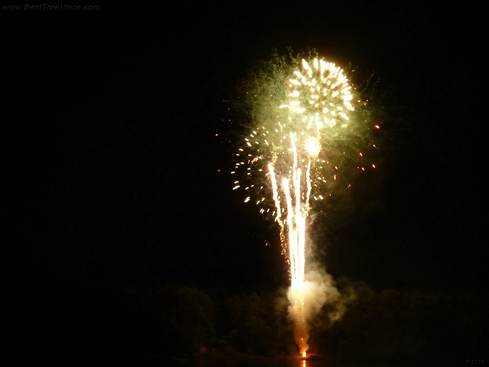 July 4, 2014 - fireworks over Lake Tamarack in Bent Tree