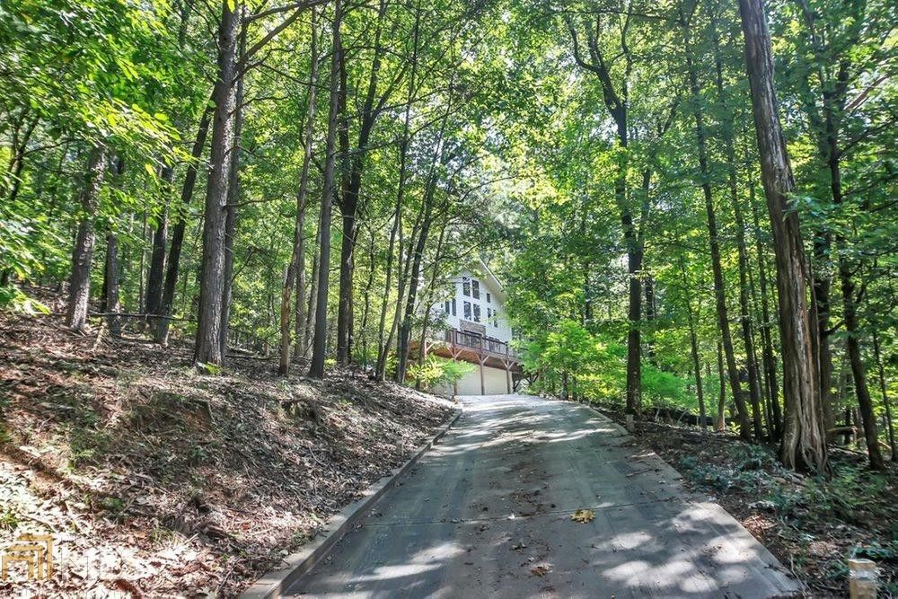 185 Laurel Mill Trail in Bent Tree (listing photo)