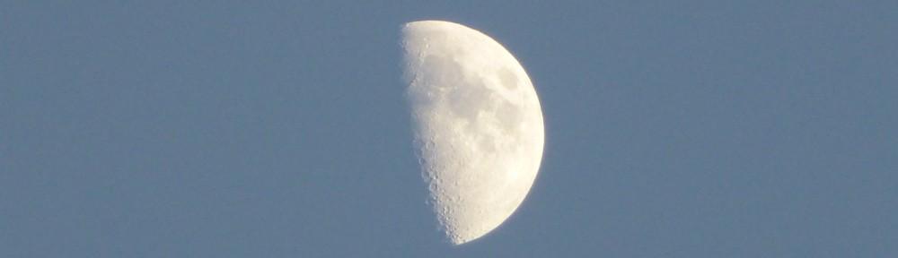 cropped-2013-11-half-moon